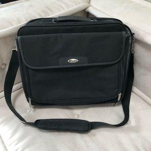 Targus Briefcase Laptop Nylon Bag